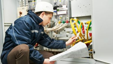 What is Electrician's Public Liability Insurance & what does it cover?