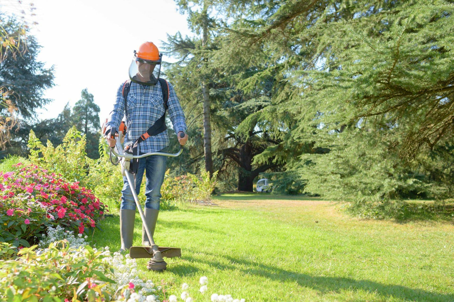 Landscapegardner cost tradesman saver for Gardner landscaping