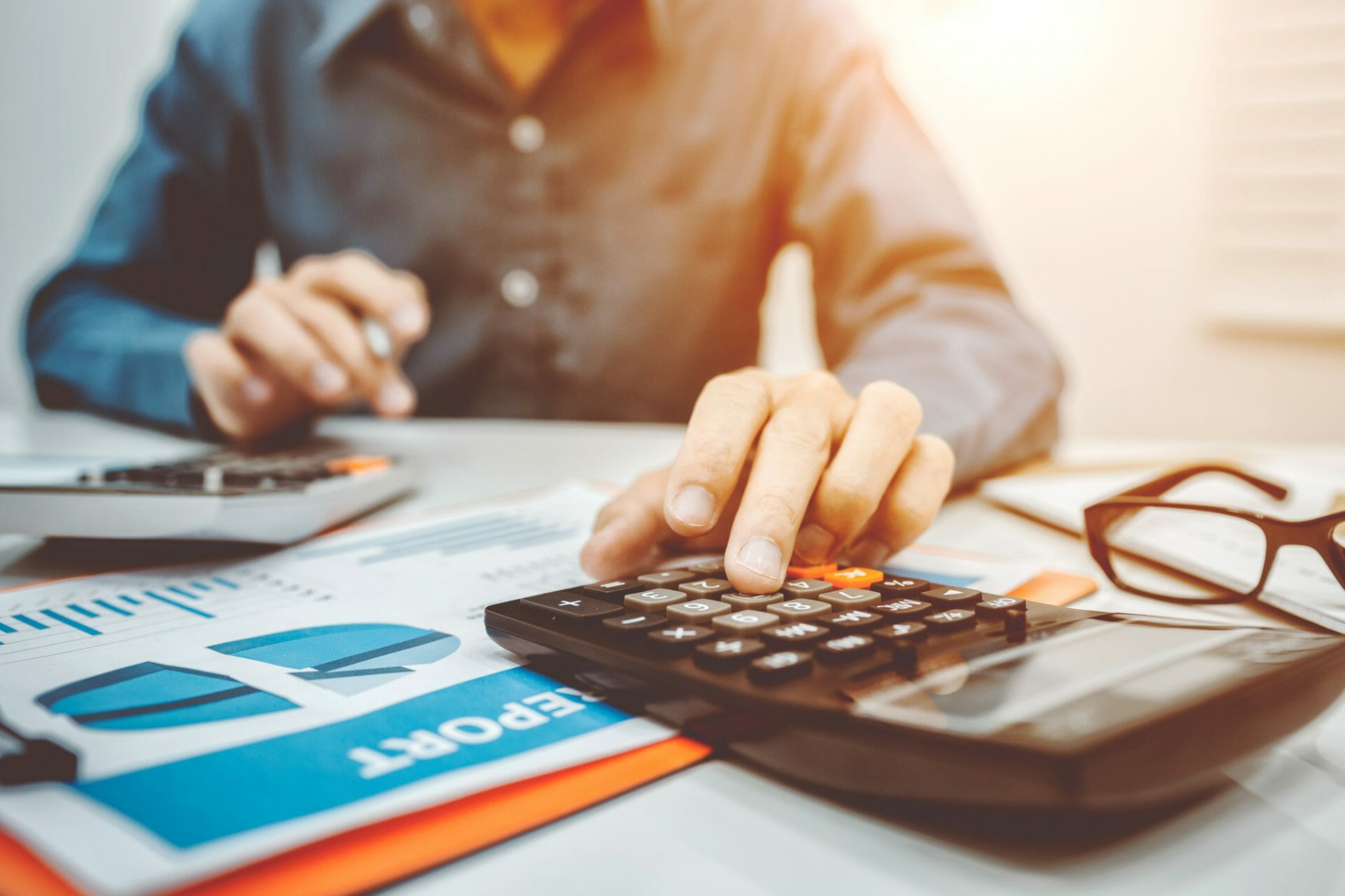 hiring accountant tradesman