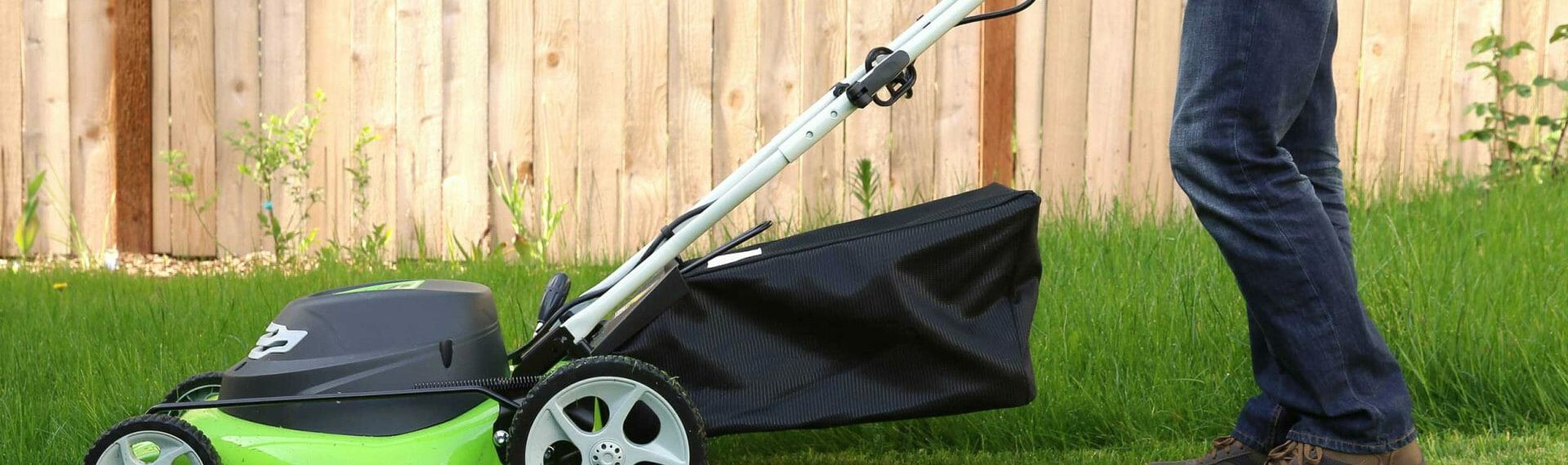 Lawn Mowing Business Insurance: Explained