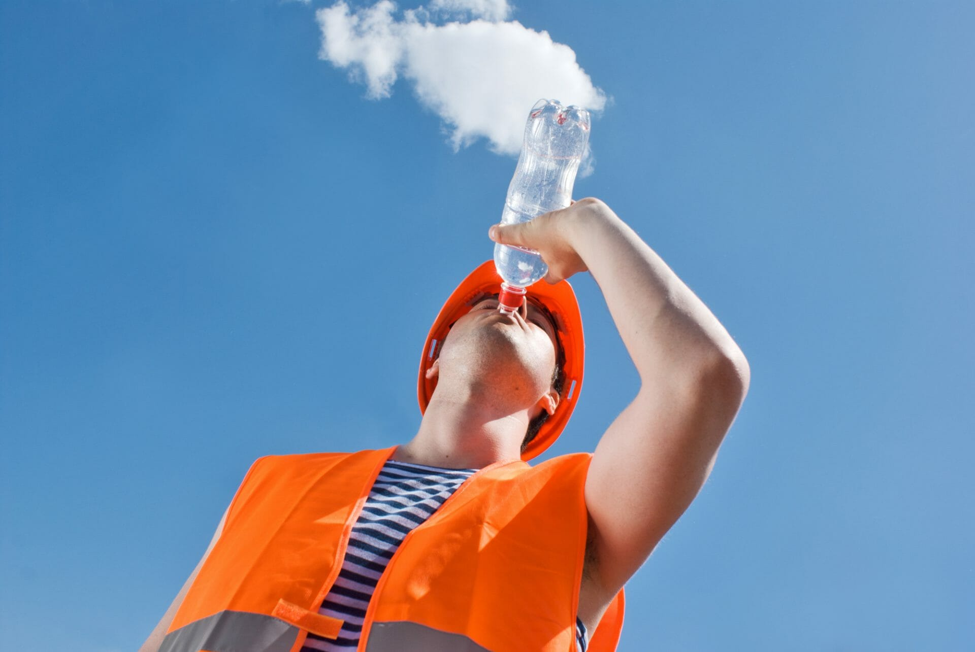 tips staying cool on site builder tradesman