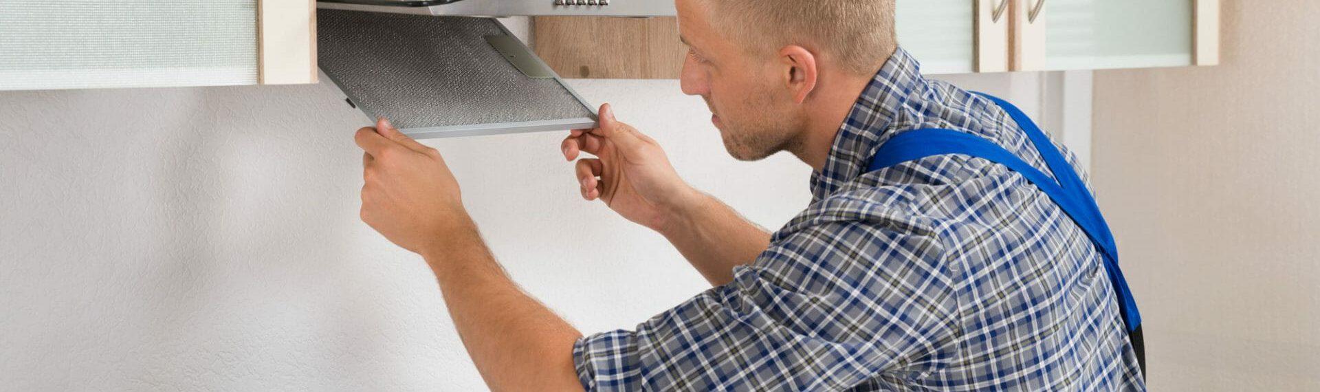 kitchen installer fitting cooker hood