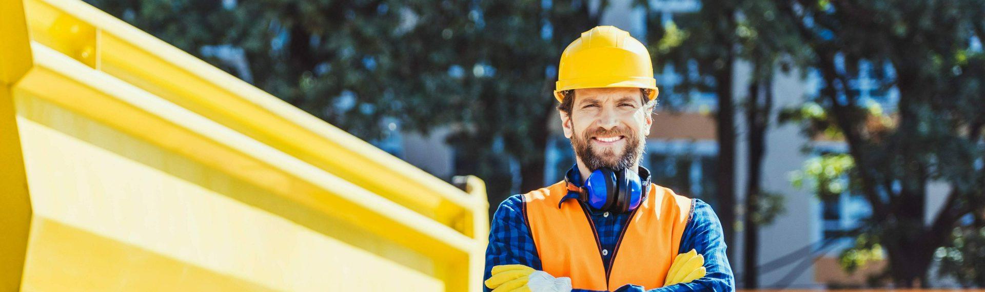 tradesmen hard hat builders